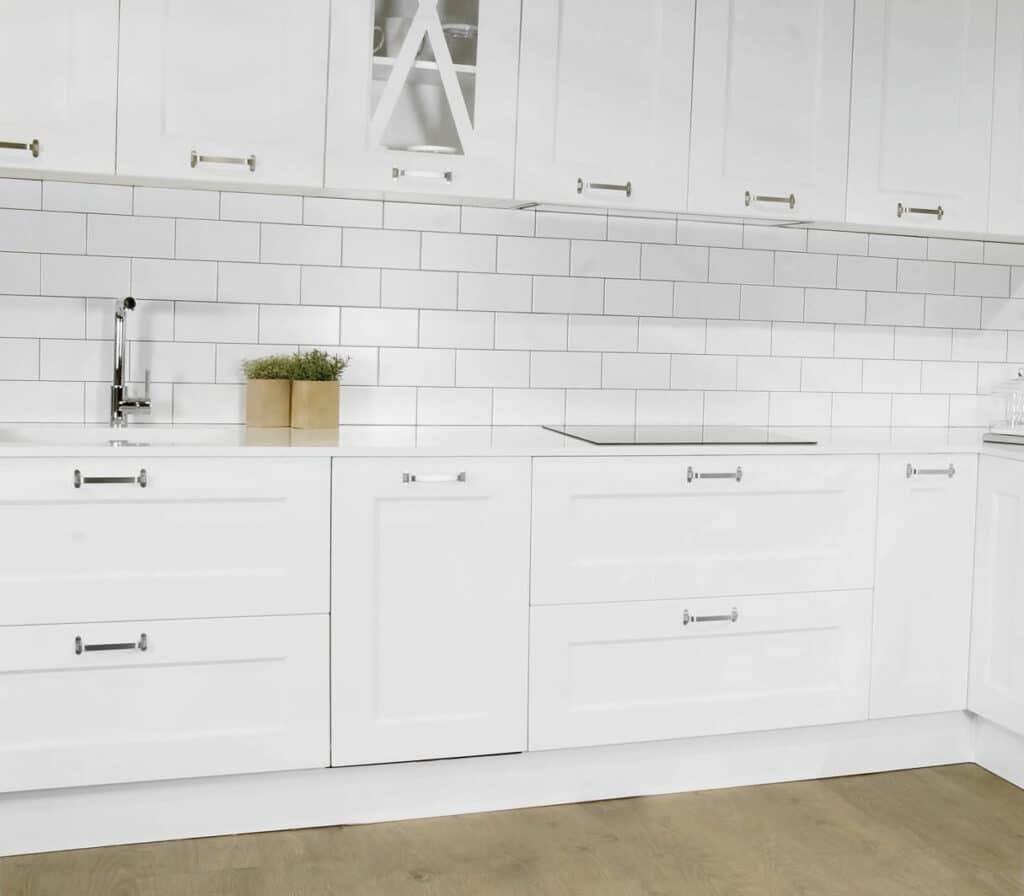 Tpc cocinas cocinas r sticas modernas for Cocinas rusticas blancas