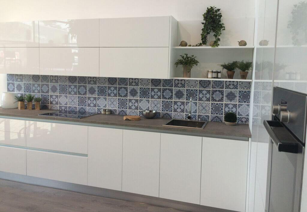 Tpc cocinas cocina moderna - Tiradores decorativos ...