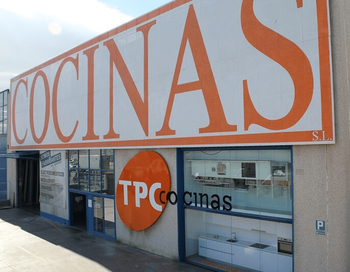 Tpc cocinas tiendas de cocinas en el baix llobregat for Muebles en sant boi