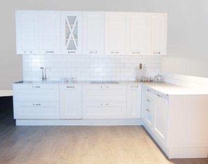 Cocina brillo o mate perfect cocina blanca mate o brillante vitra espartales fotos azulejo - Cocinas lacadas en blanco ...