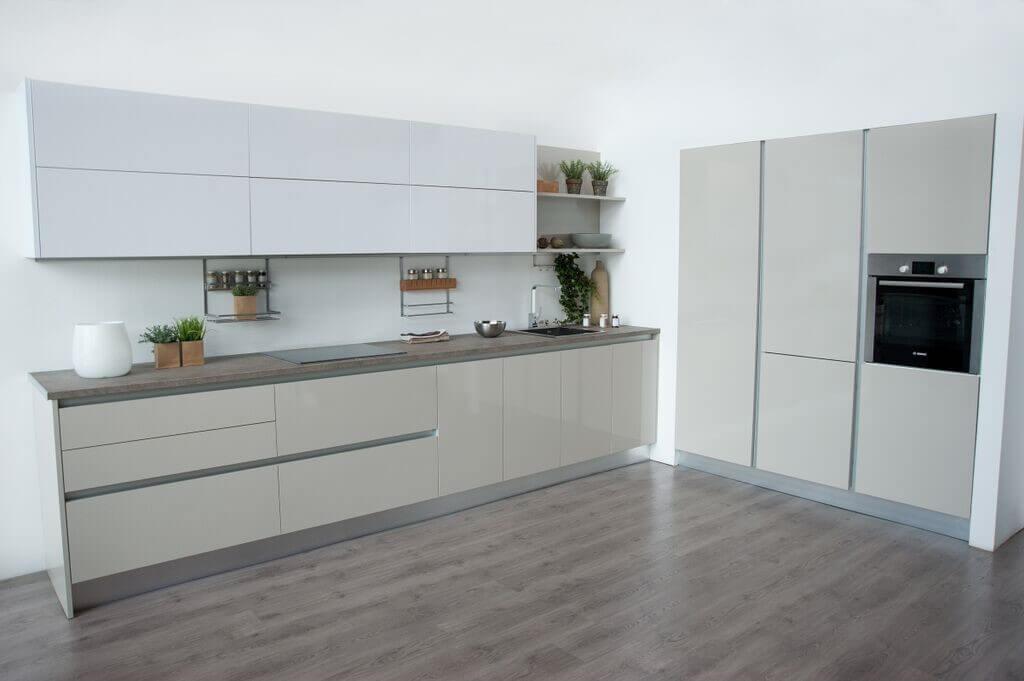 Cocinas blancas tpc cocinas for Color credence cocina blanca