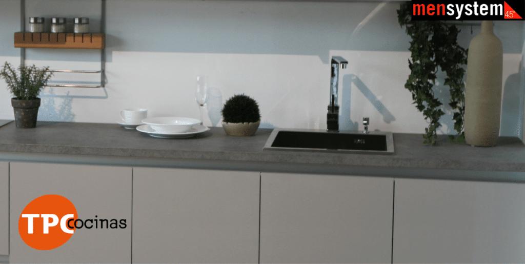 en tpc cocinas disponemos de encimeras de todo tipo para todos los gustos y bolsillos cabe destacar las mensystem tops unas encimeras de fabricacin - Encimeras De Cocina Aglomerado