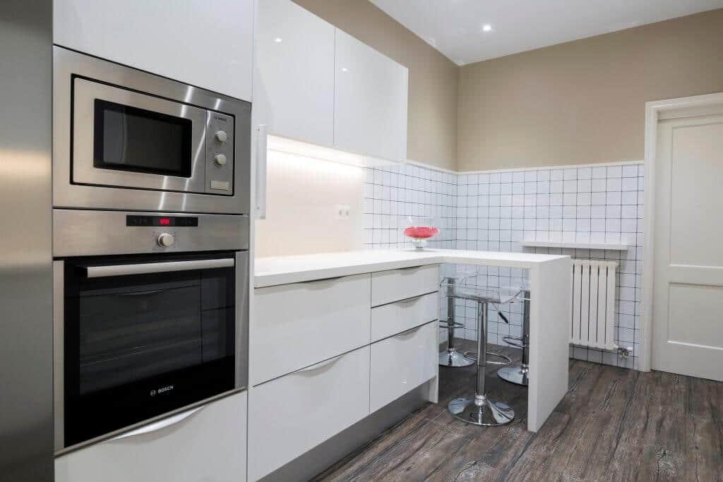 Tpc cocinas muebles auxiliares de cocina - Cocinas lacadas en blanco ...