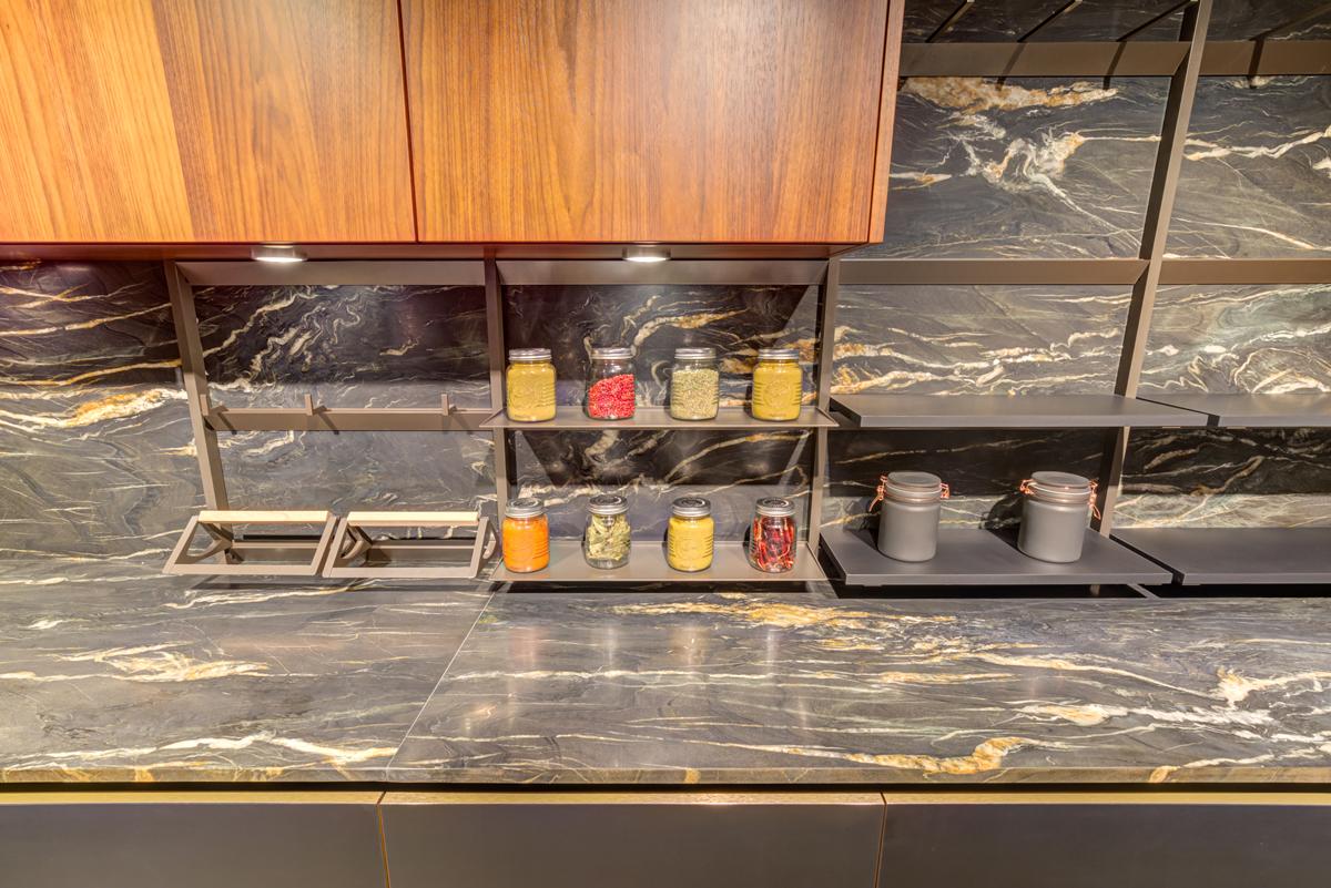 mueble cocina color roble con nudos